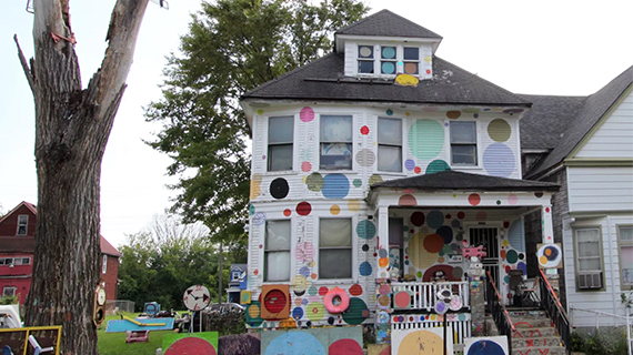 Virtual Reality Could Help Future Generations See the Heidelberg Project